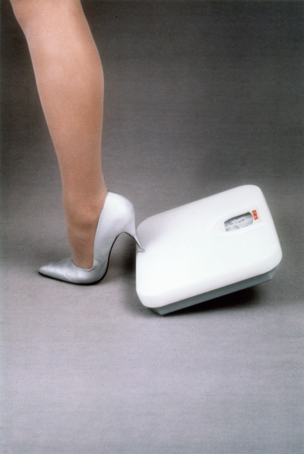 Tipping the Scale, 1995 Colour print, 70 x 50 cm.