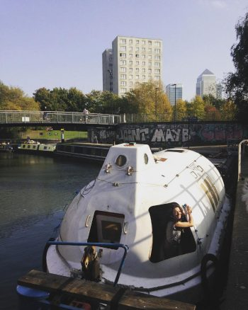 BOOKCLUB#20 Foucault: Of Other Spaces on Unison moored in Limehouse, 15 Oct 2017. Photo by Maria Christoforatou.
