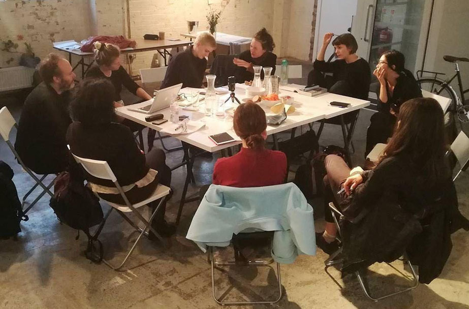 BOOKCLUB#19 Bishop Artificial Hells chaired by Renata Mindolo. Common Room, School of the Damned. Guest Projects 24 July 2017. Photo SOTD.