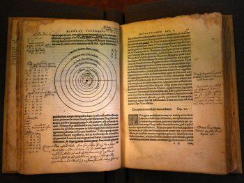Nicolas Copernicus [1543] Heliocentrism. De revolutionibus Orbium coelestium, libri IV (Revolutions of the heavenly orbs). Nuremberg.